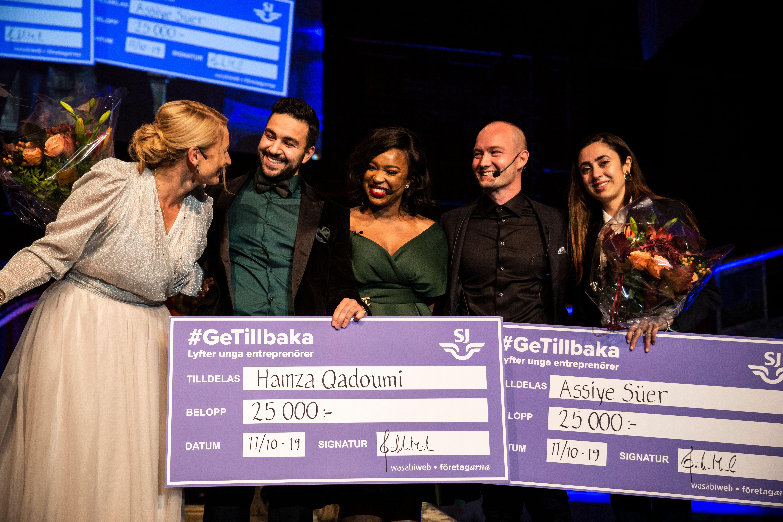 hamza receives swedish entrepreneur award